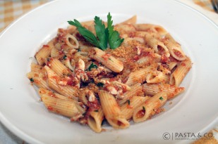 Penne with anchovies http://bit.ly/sardinespasta