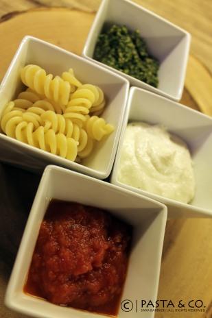 Pesto, Caprino & Fresh Tomato Sauce | Tricolor Pasta